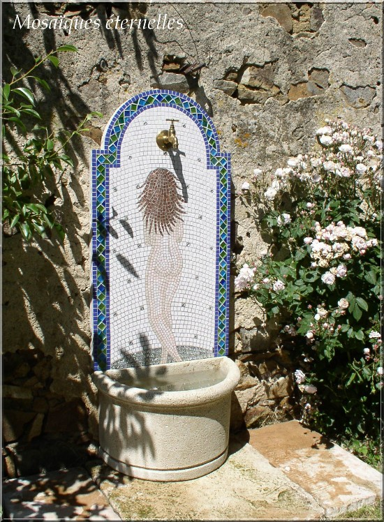 Fontaine mosaique