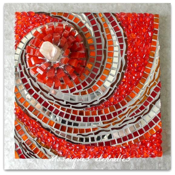 Tableau mosaique spirale `Eclosion`
